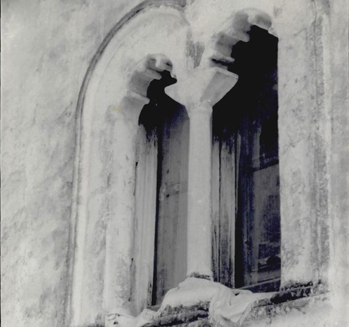 FINESTRA VICO PONTONE