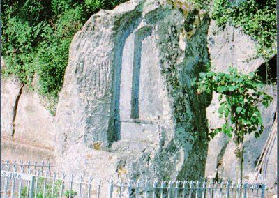 Casale- Santuario di Santa Maria, la roccia intagliata