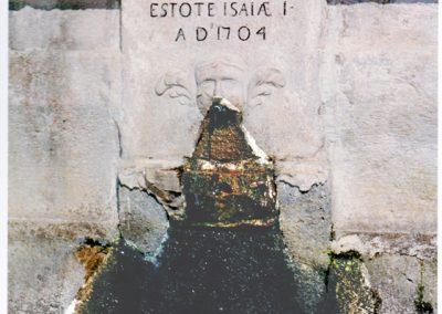Casale- Santuario di Santa Maria, particolare della fontana