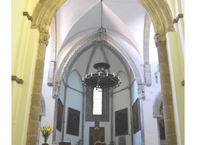 Cattedrale di Carinola. Vista arco trionfale